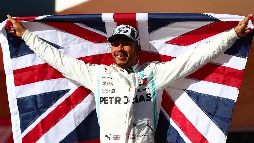 Lewis Hamilton Ganti Mobil Sport Mewahnya dengan Mobil Listrik