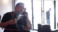Dukung Penyintas Kanker, Ratusan Orang Potong Rambut Gratis