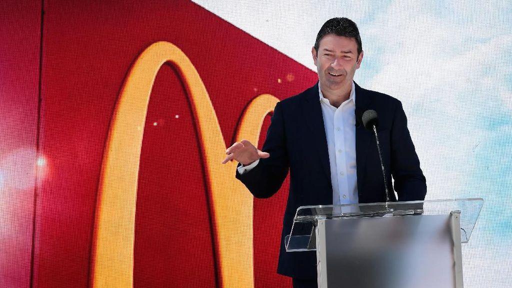 Pesangon Eks Bos McDonalds Batal Cair Gara-gara Skandal Seks