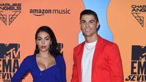 Foto: Cristiano Ronaldo dan Pacar Pamer Mesra di MTV EMAs 2019