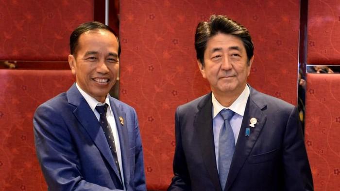 Presiden Joko Widodo dan PM Jepang Shinzo Abe. (Foto: Dok. Biro Pers Setpres)