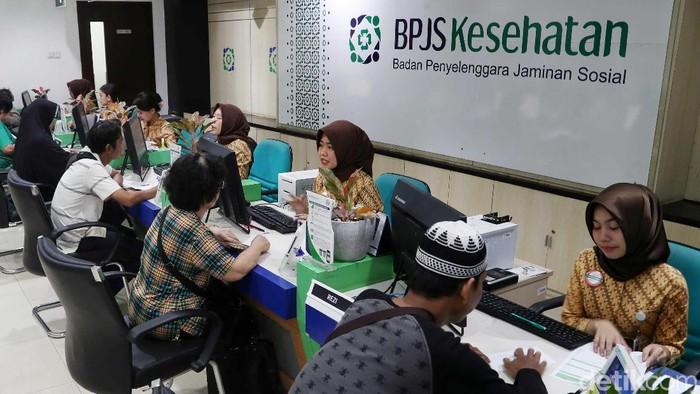 Dampak Kenaikan Iuran BPJS, Banyak Warga Turun Kelas. (Foto: Pradita Utama)