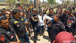 Massa Ormas Ancam Tutup Pembangunan Perumahan Mewah di Bandung