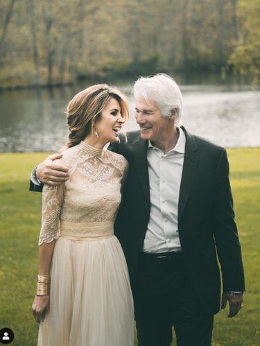 Richard Gere dan istrinya.
