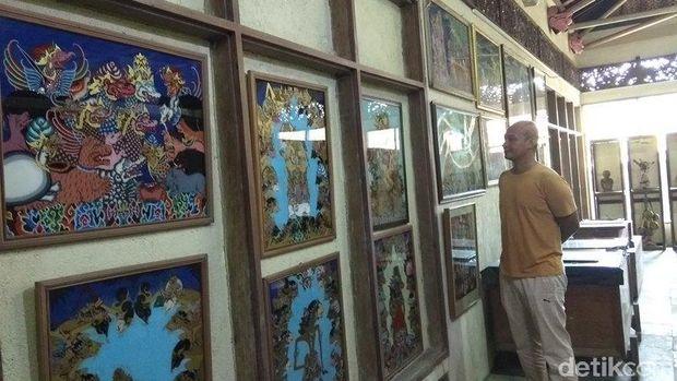 Melihat Koleksi Wayang Mantan Menteri di Magelang