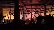 Damkar Jakut: Gedung Hailai yang Terbakar Bekas Arena Boling