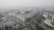 Polusi Udara Terparah, New Delhi Terapkan Aturan Kendaraan Ganjil Genap