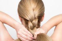 Pelanggan Ojol, Ini 3 Trik untuk Cegah Rambut Berantakan karena Pakai Helm