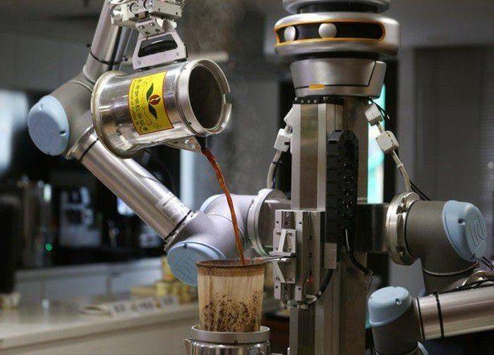 Robot pembuat kopi seperti barista. Foto: Istimewa