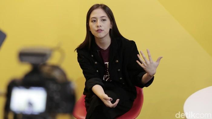Zara eks JKT48 saat berkunjung ke kantor detikcom.