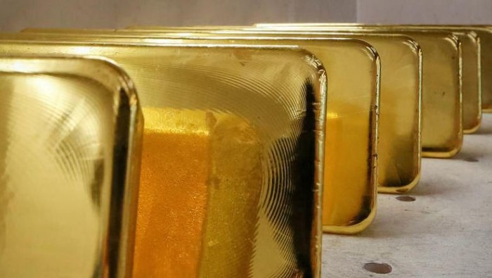 Gold ingots in the Siberian city of Krasnoyarsk, Russia, on Nov 22, 2018. A search of the woman led to the discovery of eight pieces of gold weighing a total of nearly 1.9kg.PHOTO: REUTERS