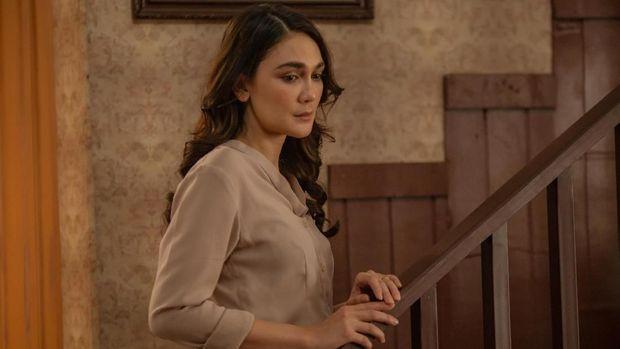 Luna Maya Ketakutan di 'Rumah Kentang: The Beginning'