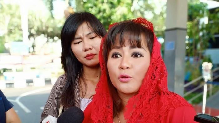 Dewi Tanjung Polisikan Novel Baswedan (Samsuduha Wildansyah/detikcom)
