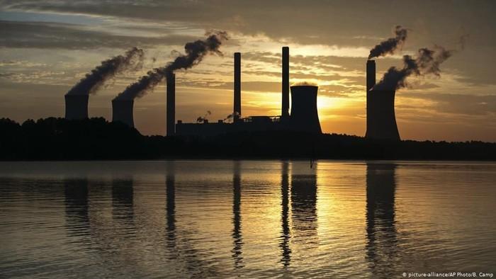 Anggap Bahayakan Ekonomi Negaranya, AS Keluar dari Kesepakatan Iklim Paris
