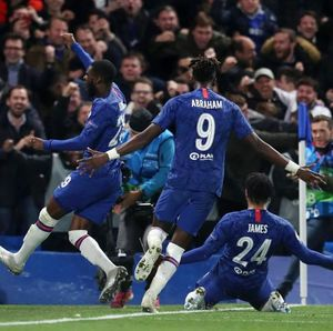 Hazard Senang Lihat Chelsea Pesta Tanpa Dirinya