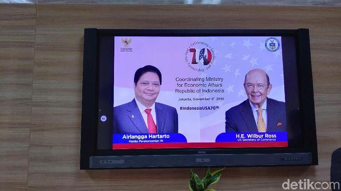 Foto: Menko Perekonomian Airlangga Hartarto bertemu Menteri Perdagangan AS Wilbur Ross (Eduardo Simorangkir/detikFinance)