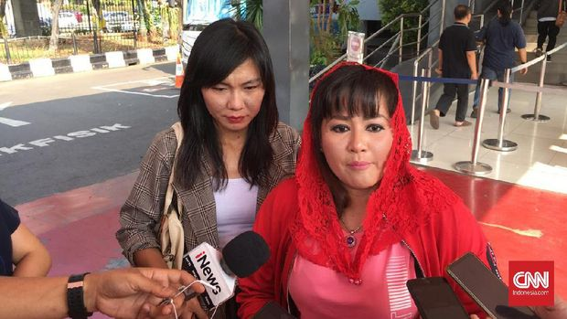 Novel Tanggapi Pelaporan Dewi Tanjung ke Polisi: Ngawur