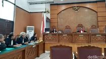 Sidang Praperadilan Mantan Anggota DPR I Nyoman Dhamantra Diputus Hari Ini