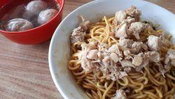 Mie Ayam Legendaris di Bandung yang Kenikmatannya Teruji Zaman