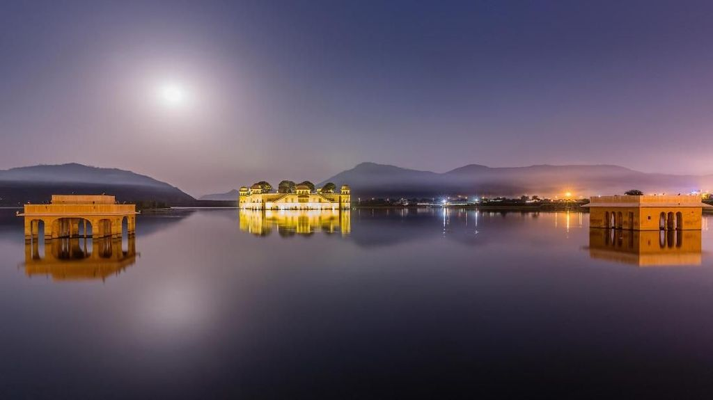 Foto: Istana yang Tenggelam di Negeri Bollywood