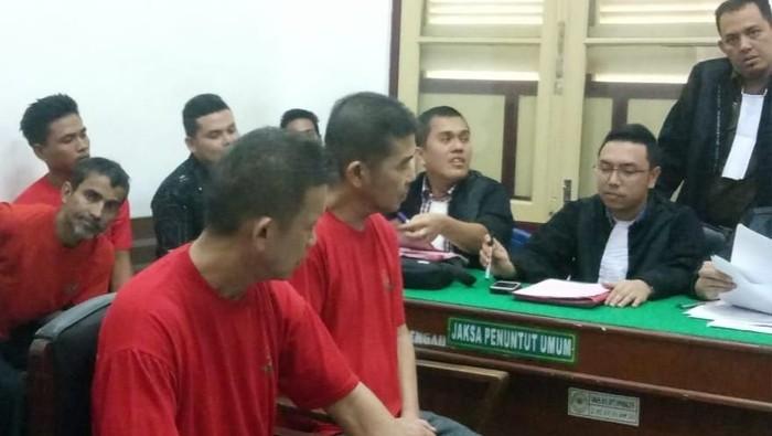 Foto: ISTIMEWA/2 WN Malaysia penyelundup 6 kg sabu dituntut belasan tahun penjara di PN Medan, Rabu (6/11/2019)