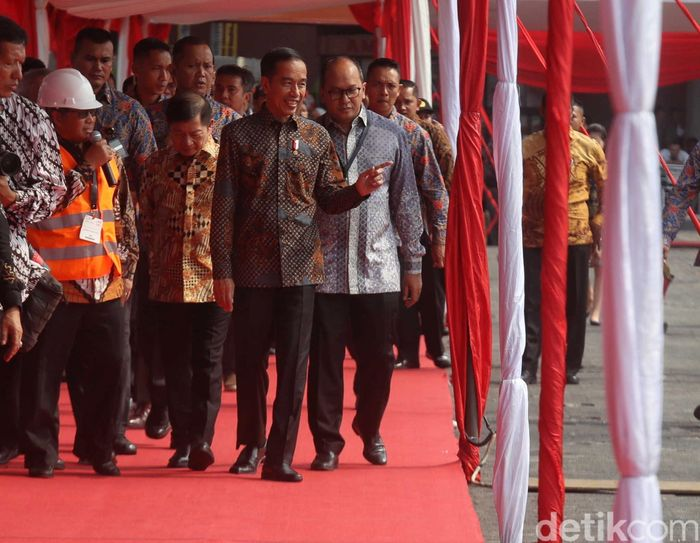 Kedatangannya ke pameran tersebut bukan tanpa alasan, Jokowi dijadwalkan membuka pameran infrastruktur terbesar di Indonesia tersebut.
