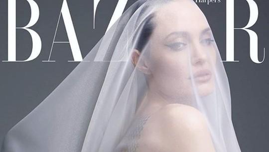 Ini Foto-foto Angelina Jolie yang Bikin Heboh