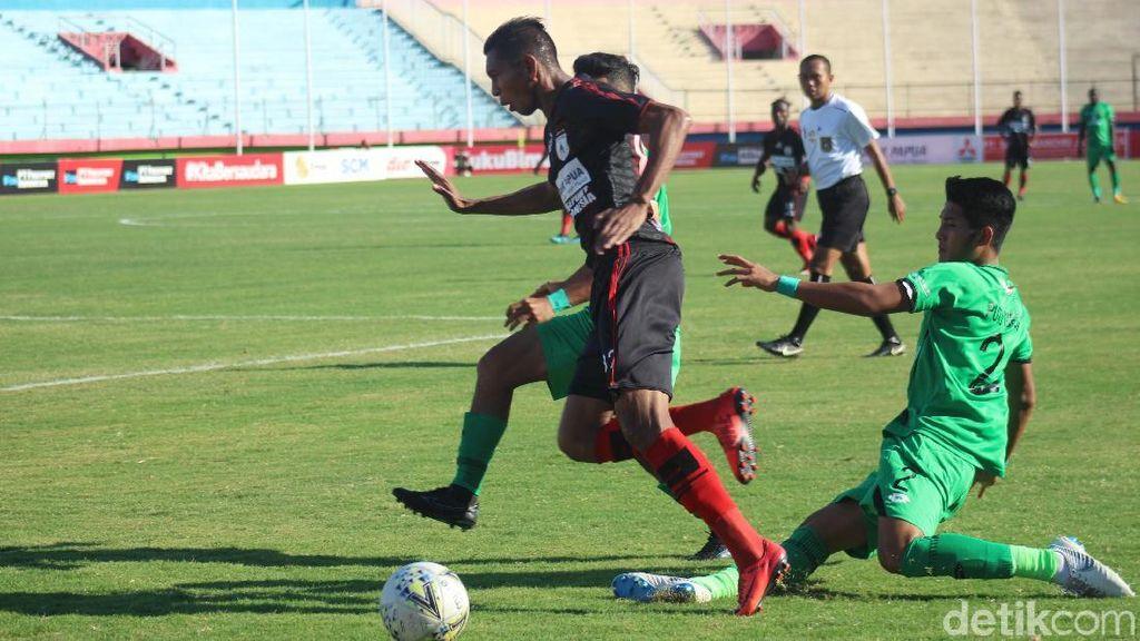 Persipura Vs Bhayangkara FC: Mutiara Hitam Tumbang 1-3