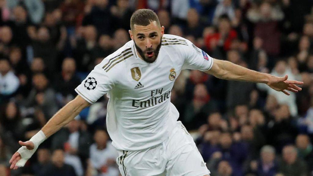 Benzema, Maukah Tutup Karier di Lyon?