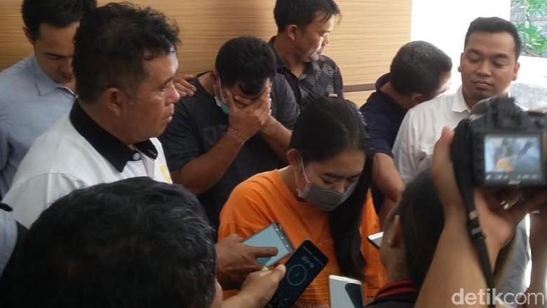Kasus Bu Guru Ajak Siswi Threesome, Komisi Pendidikan DPR Syok