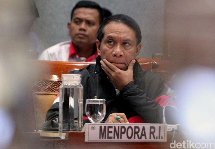 Menteri Pemuda dan Olahraga (Menpora) Zainuddin Amali menghadiri rapat kerja (raker) bersama Komisi X DPR RI di Kompleks Parlemen, Senayan, Jakarta, Kamis (7/11/2019).