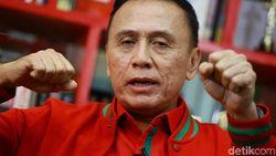 Iwan Bule Wakafkan Hidup untuk Negara Lewat PSSI