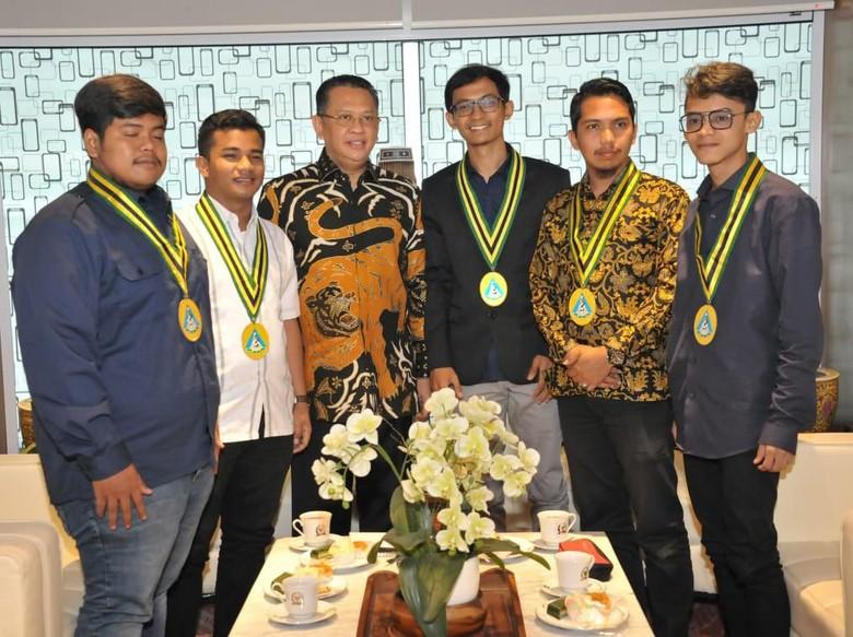 Bamsoet Ajak Pelajar Indonesia Sosialisasikan Empat Pilar MPR