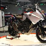 EICMA 2019: CB4X, Motor Petualang Honda Bermesin 4 Silinder