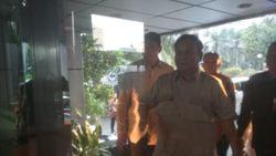 Makan Sate Kambing, Luhut & Prabowo Ngobrol Kerja Sama RI-Arab