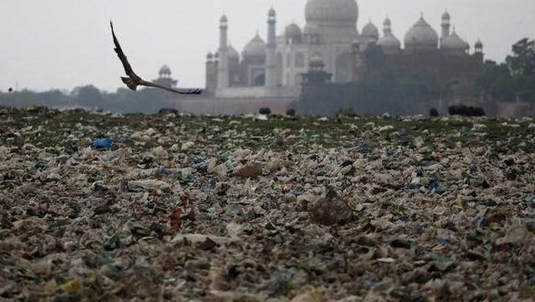 Foto: Polusi di Taj Mahal (Reuters)