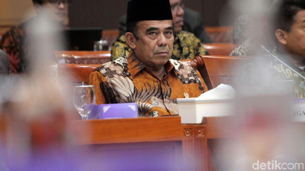 Cerita Menag Diganggu Menteri Lain karena Pakai Celana Gantung