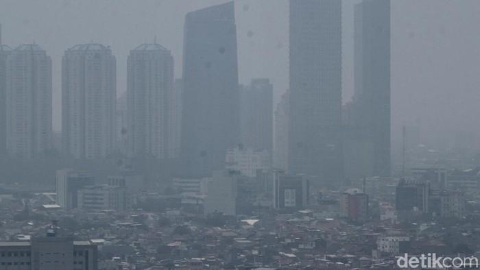 Polusi udara ternyata juga berdampak pada berat badan seseorang. Foto: Rifkianto Nugroho