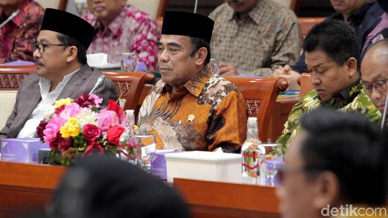 Anggota Komisi VIII DPR Minta Menag Belajar Apa Itu Agama