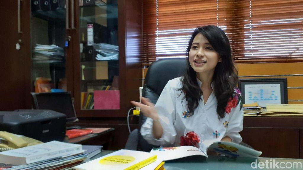 Potret Risa Santoso, Rektor Cantik Termuda di Indonesia