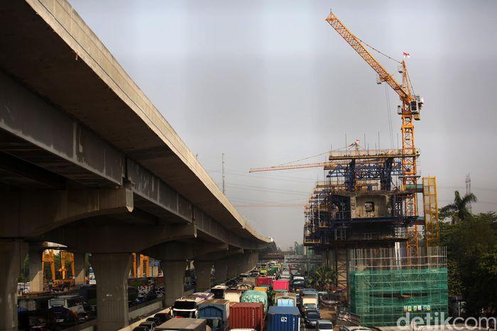 PT Kereta Cepat Indonesia China (KCIC) terus mempercepat pembangunan proyek Kereta Cepat Jakarta-Bandung.