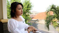 Jennifer Coppen Sedih Tak Bertemu BJ Habibie Pas Syuting Habibie & Ainun 3