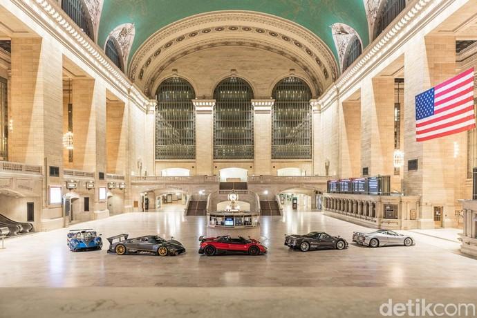 Deretan Hypercar besutan Pagani menyerbu Grand Central Terminal yang merupakan stasiun komuter tersibuk dan terindah di Kota New York. Istimewa/Dok. Pagani.
