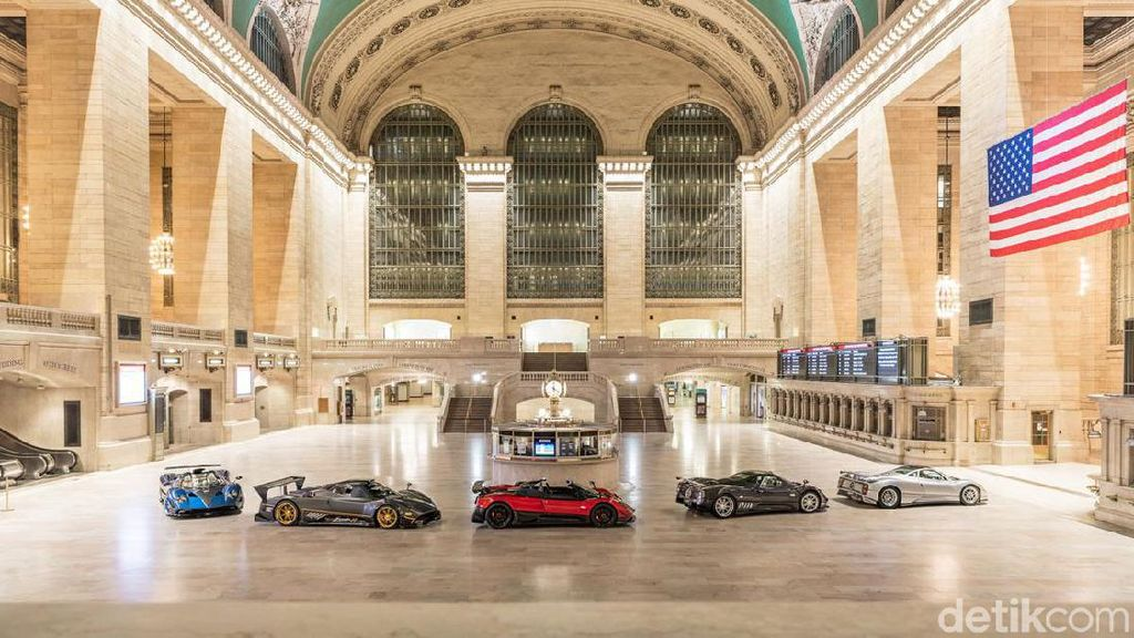 Grand Central Station New York Diserbu Mobil Sport Super Mahal