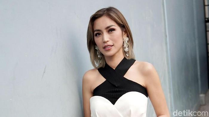 Jessica Iskandar saat ditemui di studio Trans TV.