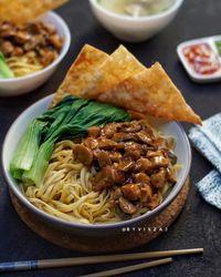 5 Resep Simpel Mie Ayam Bangka dan Mie Yamien yang Bisa Dibuat Sendiri