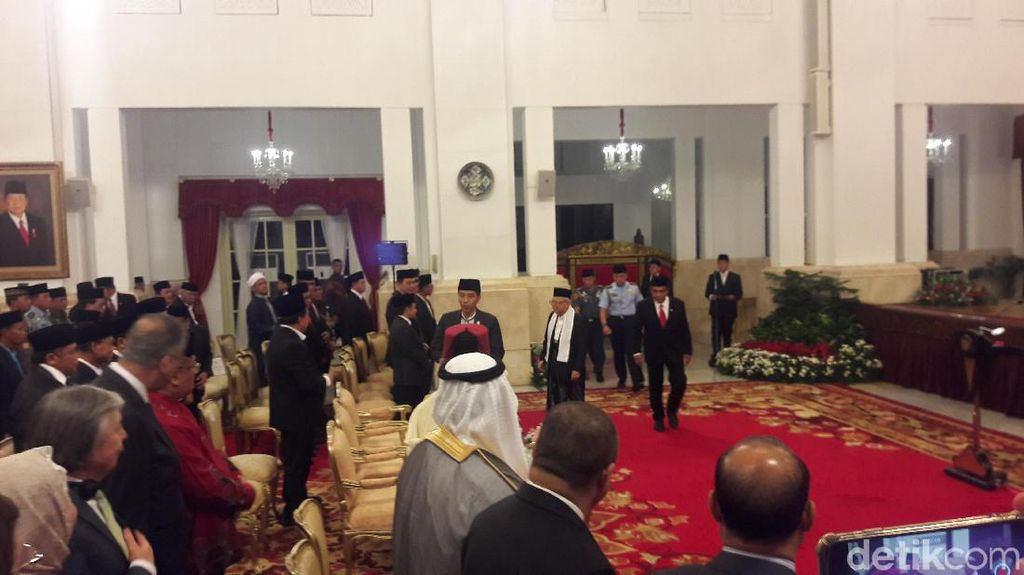 Jokowi-Maruf Peringati Maulid Nabi di Istana Negara
