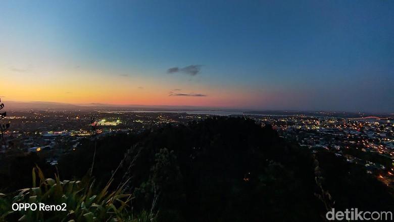 Foto: Senja terbenam di Mount Eden (Edwidhian Tri/detikcom)