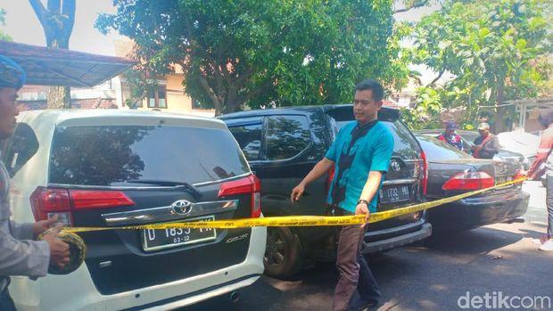 Pria di Bandung Gasak 6 Mobil Taksi Online Modus Antar ke Luar Kota