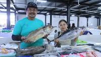 Pasar ini dibangun agar masyarakat yang membutuhkan ikan lebih mudah terjangkau dengan kondisi kebersihan pasar yang terjaga.